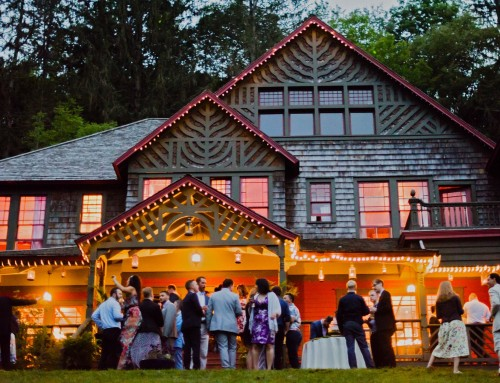 Spillian in love: A Mansion Dances